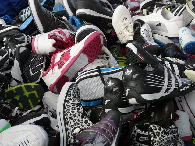 Web oficial del Gobierno hackeada para vender zapatos deportivos
